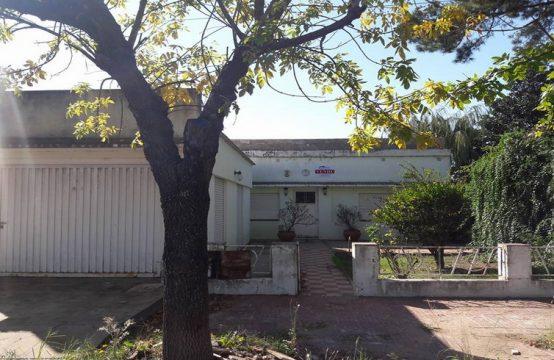 Casa 2 Dormitorios  Calle Brasil