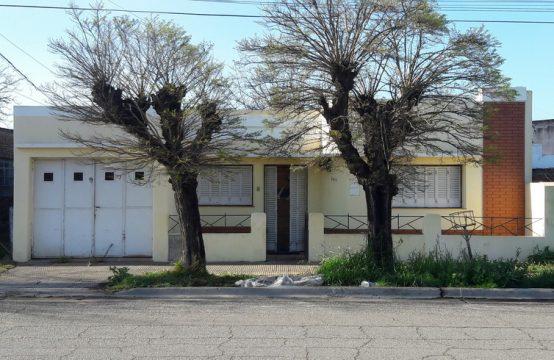 Casa 3 Dormitorios Calle Carranza