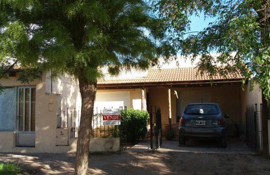 Casa 3 Dormitorios Calle José Hernández 50