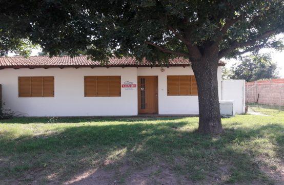 Casa en Barrio Autoconstrucción 3